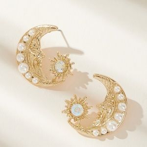 Large Gold Moon and Star Pearl and Jewel Studs NWT